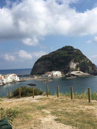 Sant'Angelo (Serrara Fontana) : lovely little village
