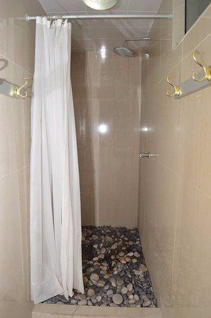Royal Inca Hotel Spanish Shower