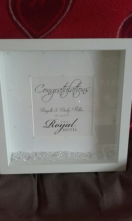 Cookstown, UK: GIFT RECEIVED FROM HOTEL ON OUR WEDDING DAY