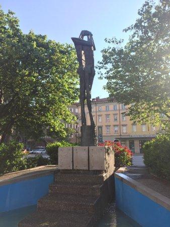 Monumento al Cantico dei Cantici