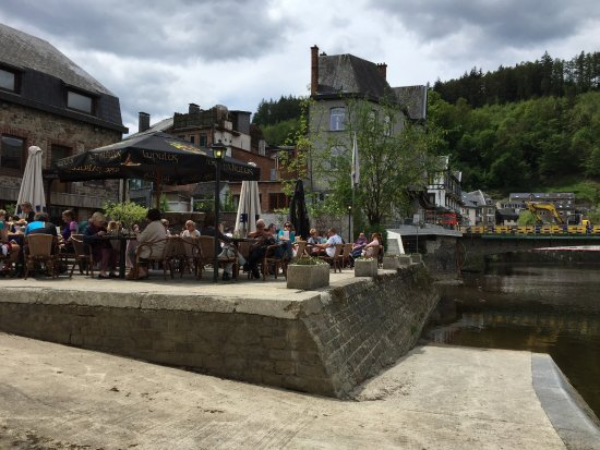 La Roche-en-Ardenne, België: sur les quais