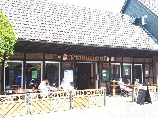 Monheim am Rhein, Germany: Gastwirtschaft
