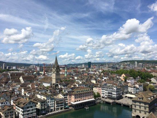Free Walk Zurich Downtown