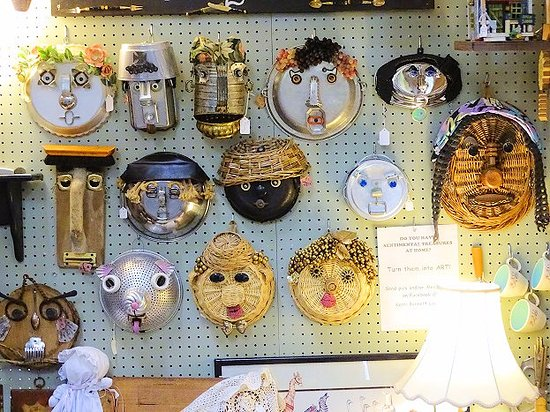 """Lilburn, GA: loved these unique """"art"""" pieces"""