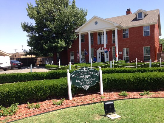 Woodrow House Bed and Breakfast Photo