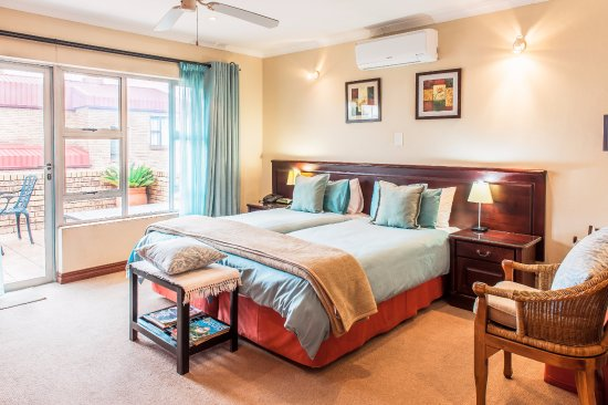 Centurion, Sudafrica: Bedroom with twin beds