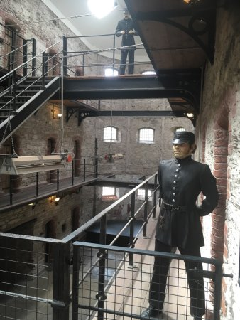 Cork City Gaol: 19th cent Victorian Prison, harsh and grim existence brought to life. Very interesting!