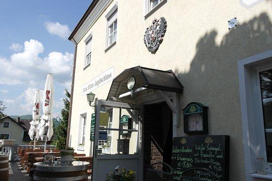Mayerling, Austria: Eingang