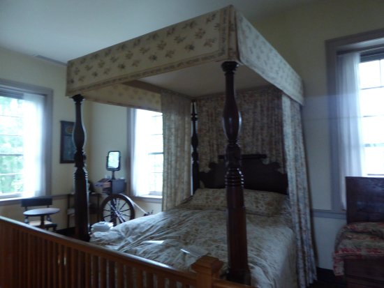 Rose Hill Manor Park & Museums: Bedroom