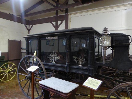 Rose Hill Manor Park & Museums: Hearse
