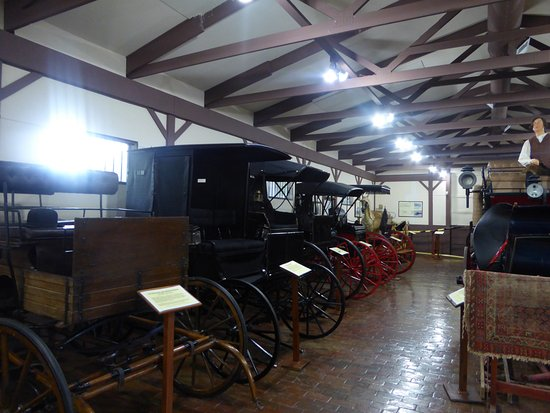 Rose Hill Manor Park & Museums: Carriages