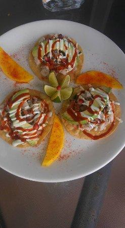 Crystal Beach, TX: Ceviche tostados w/avocado & mango
