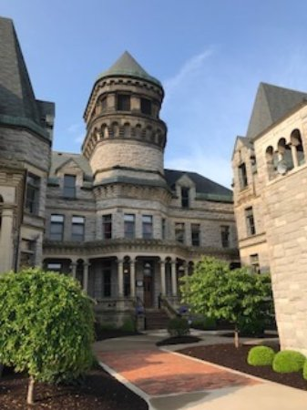 Mansfield, OH: Ohio State Reformatory