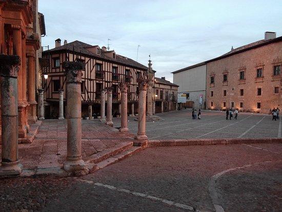 Penaranda de Duero, Spanien: IMG_20170520_212936_large.jpg