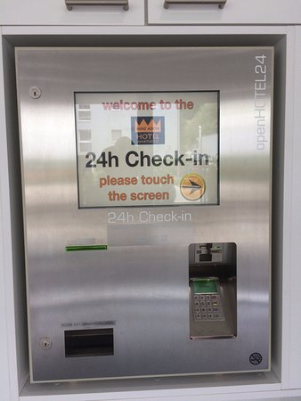 Hine Adon Belp Airport: Automated Check In Machine