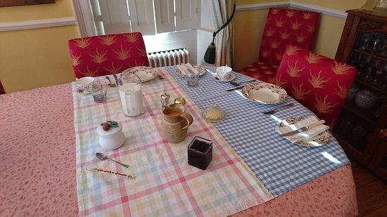 Eastling, UK: Morning breakfast spread :)