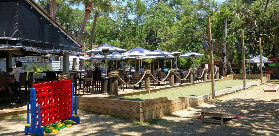 Fishcamp On Broad Creek: Outdoor Patio With Adjacent Bocce Ball Court And  Other Games