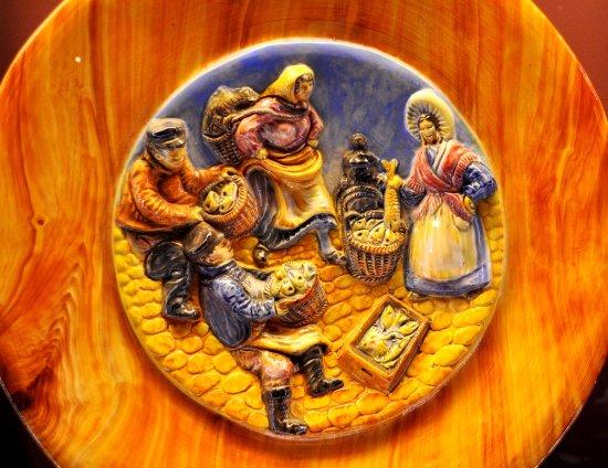 Musee de la Ceramique : scène de vie