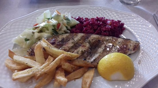 Kastro Karima : Sword fish with beetroor rice, chips and vegetables