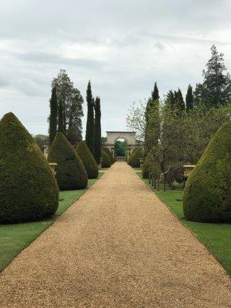Castle Ashby, UK: photo0.jpg