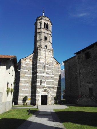 Gravedona, Italien: Chiesa Santa Maria del Tiglio