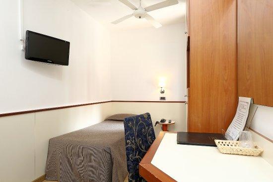 hotel corticella via stoppato bologna barb - photo#8