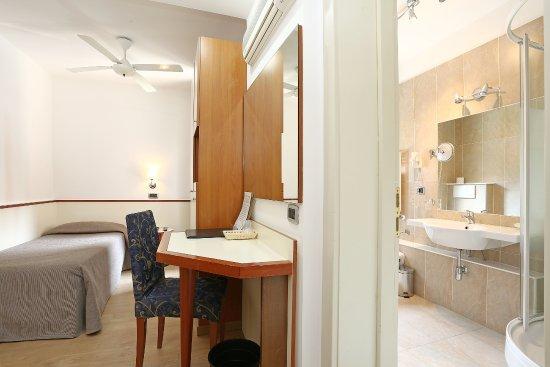 hotel corticella via stoppato bologna barb - photo#3