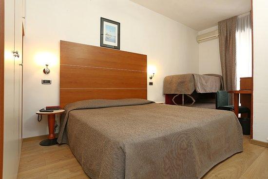 hotel corticella via stoppato bologna barb - photo#18