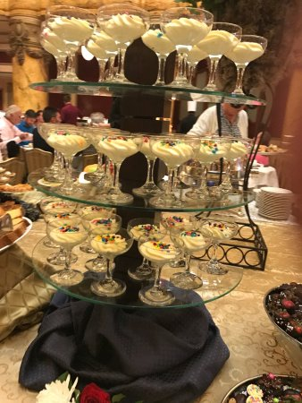 Sunday Champagne Brunch at the Jefferson Hotel: Brunch at the Jefferson hotel is the BEST brunch hands down !!