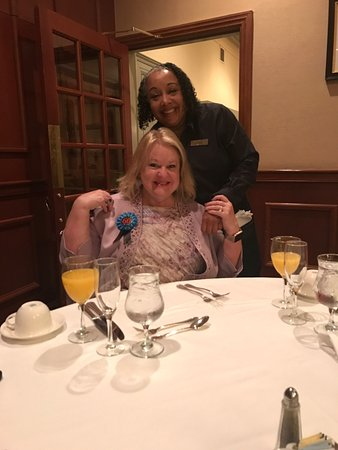 Sunday Champagne Brunch at the Jefferson Hotel: Jackie was the BEST!  The Jefferson Hotel is so lucky to have her!! 💕