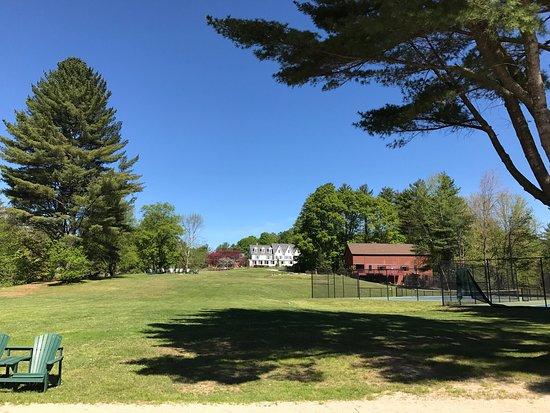 Inn at Pleasant Lake: photo1.jpg