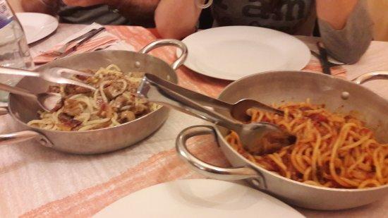 Magione, Italien: 20170423_215723_large.jpg