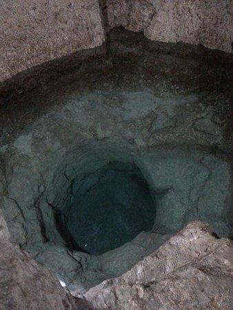 Bagno ebraico - Foto di Chiesa di San Filippo Apostolo, Siracusa ...