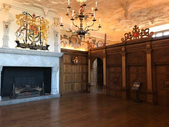 Inside one of the castle rooms picture of edinburgh for Room interior design edinburgh