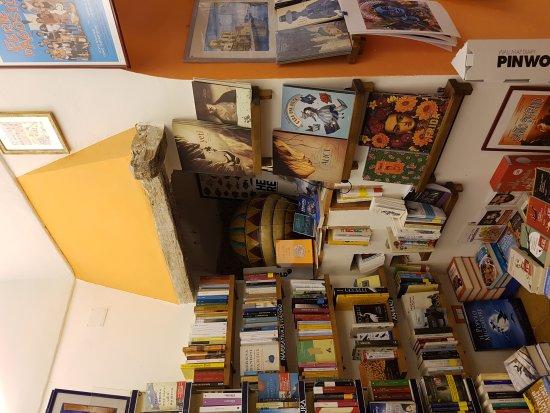 Libreria L Ultima Spiaggia: 20170517_124420_large.jpg