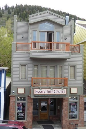 ‪Park City Family Tree Center‬