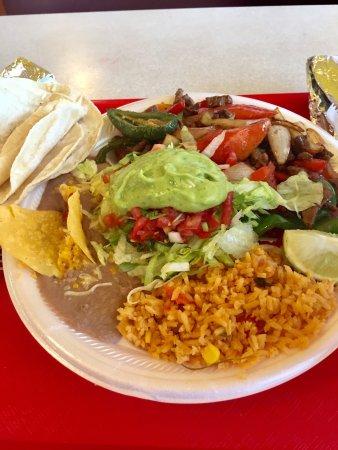 Lake Worth, FL: Fajita plate at Lupitas.