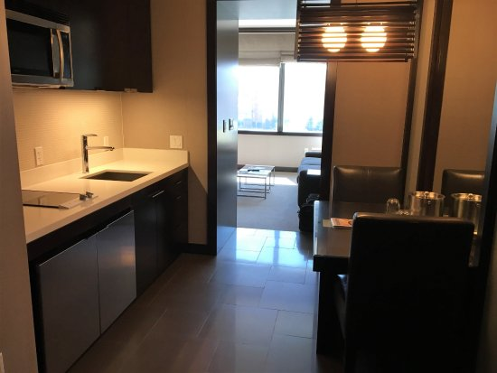 Kitchen Table Provides A Good Work Space Picture Of Vdara Hotel Spa Las Vegas Tripadvisor