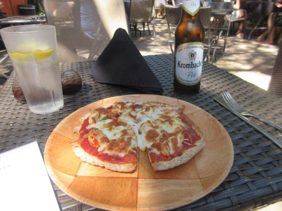 Gulfport, FL: Excellent Lavash Pizza!