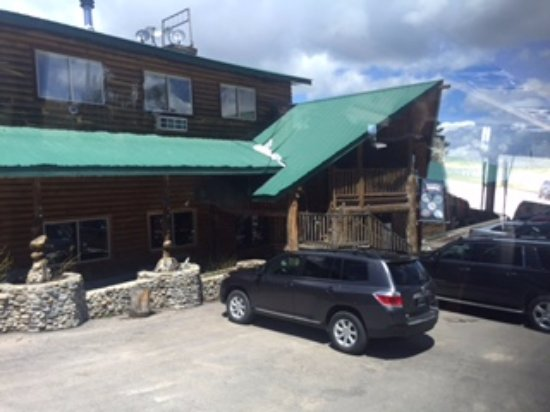 Dayton, WY: Moose Crossing Lodge