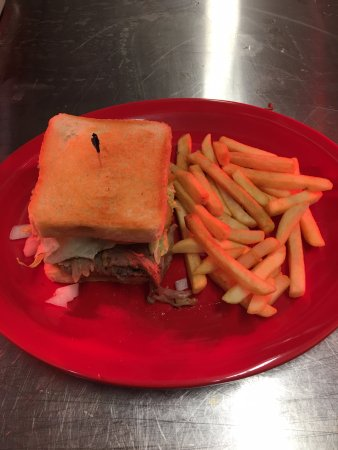 Eddyville, KY: Brisket Sandwich on Texas toast