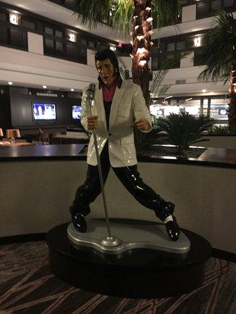 Embassy Suites by Hilton Las Vegas لوحة
