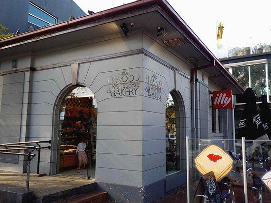 Elwood, Australien: Exterior view - ramp to left