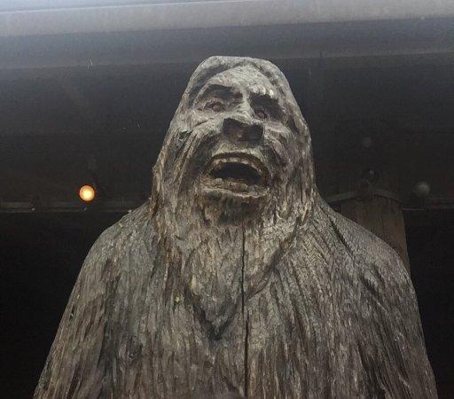 Bigfoot's Steakhouse: photo0.jpg