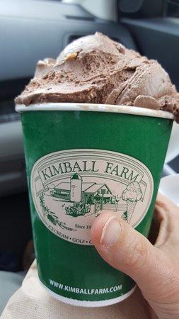 Lancaster, Массачусетс: Chocolate Peanut Butter - Yum!
