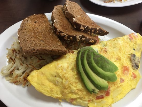 Fullerton, CA: Delicious breakfasts with great prices