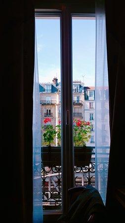 Europe Hotel Paris Eiffel: B612_20170516_194543_large.jpg