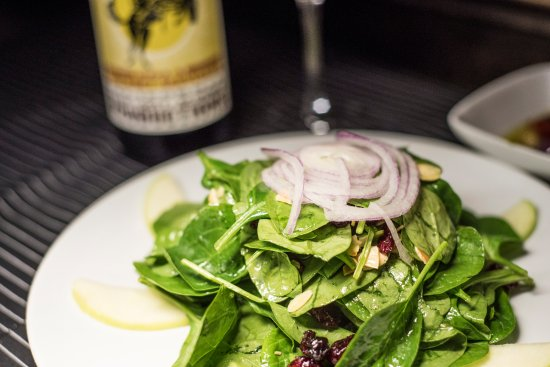 Red Bank, NJ: Spinaci Salad