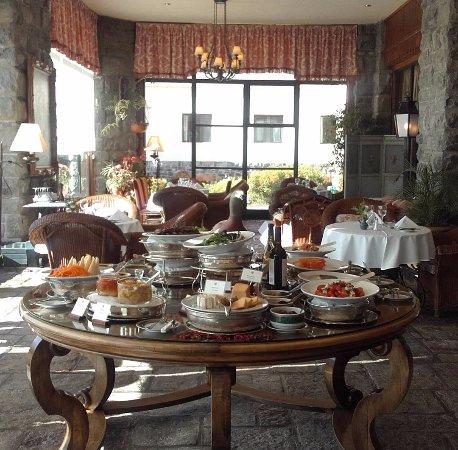 Winter Garden Llao Lunch Buffet