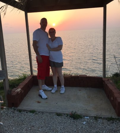 Sandys Parish, Bermuda: Beautiful sunset at Bermuda fun golf